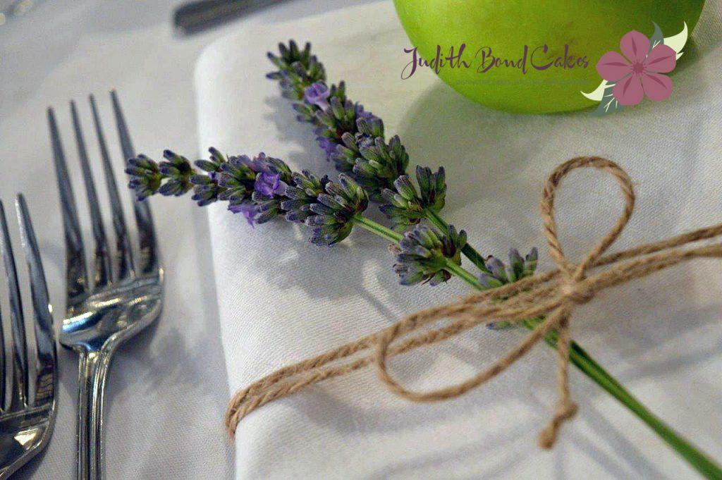 lavendar placesetting WM